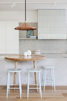 South Yarra Residence by Hecker Guthrie www.heckerguthrie.com Photo: Shannon McGrath