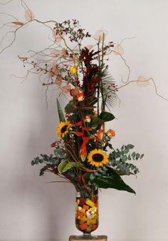 Jesienna Kompozycja ze slonecznikami www.kaja.lebork.pl  #fall #centerpiece #arrangement