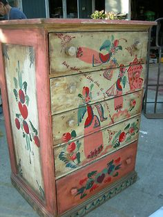 Peter Hunt Chest of Drawers Original Cabinet (unsigned) 1940's