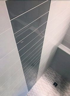 Discover rustic to modern tiling patterns with the top 60 best grey bathroom tile ideas. Explore neutral interior wall and floor designs. Neutral Bathroom Tile, Gray Shower Tile, Bathroom Counter Decor, Bathroom Interior, Bathroom Ideas, Bathroom Furniture, Old Bathrooms, Small Bathroom, Floor Design
