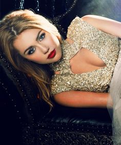 A red lip looks divine against a glittered gown #Glamour #DIY #FASHION