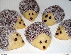 Ježečci z máslového těsta - My site Biscuit, Clem, Czech Recipes, Marshmallows, Christmas Cookies, Doughnut, Sweet Recipes, Cookie Recipes, Sweet Treats
