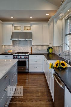 Kitchen Designers Chicago Fair Traditional Kitchen  Traditional Kitchen Kitchen Design And Decorating Inspiration