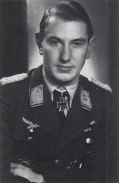 ✠ Walter Borchers (22 January 1916 – 6 March 1945) Shot down and killed in action by a long-range British night fighter north of Altenburg. RK 29.10.1944 Major Kdr III./NJG 5
