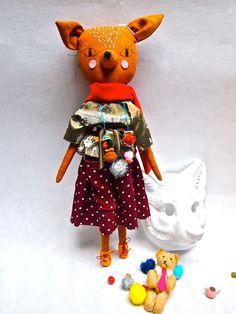Rag doll cloth art doll linen embroidered par JessQuinnSmallArt