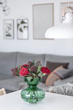 Alfredo Vase from Georg Jensen – Friday Flowers