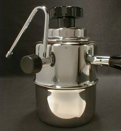 Stovetop steam frother!  I think I'd better put this on my Xmas wishlist!