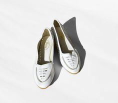 Vintage White Woven Moccasin Wedges