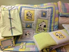 Baby Snoopy nursery bedding set complete w picture frame Lambs & Ivy