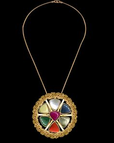 nine gems, gold surround Ethnic Jewelry, Indian Jewelry, Diamond Mangalsutra, Traditional Indian Jewellery, Rare Gems, Bespoke Jewellery, Diamond Pendant, Pendants, Ethnic Style