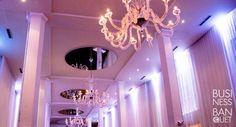 Loft Hotel Montreal Loft Hotel, Parcs, Architecture, Chandelier, Ceiling Lights, Events, Decor, City, Decoration