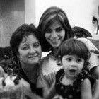 Roxy y La madre y La sobrita Linda Iguar a eya a su tia roxy La Chica Linda y sexy henbra 24 añito tiene La tia roxana chabiano)