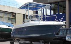 QUICKSILVER 550 COMMANDER  Selbst-Lenzendes Motorboot mit Kabine, Cockpittisch, Badeleiter, Sonnendach massiv mit LED Lampe. Das Boot ist sehr stabil und fährt sich ... Preis: CHF 14.900,-Bodenseezulassung:Ja Jahrgang:2004Breite:2.28 m Angebot:OccasionenLänge:5.27 m Typ:Kabinenboot, Sportboot, Fischerboot, Bowrider, Wasserski