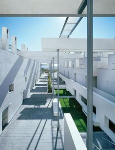 Madrid Housing - Photo | Morphopedia | Morphosis Architects