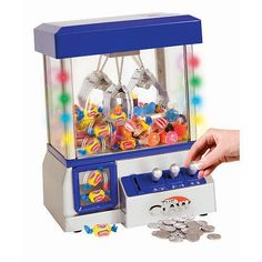 Gigantic Collection Of Gift Ideas For Tween Girls | Candy Claw Machine Toy
