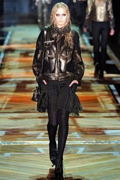 Roberto Cavalli Fall 2011 Ready-to-Wear Collection Slideshow on Style.com