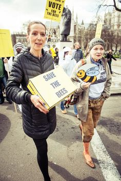 Marching to Parliament Square led by Dame Vivienne Westwood and Katherine Hamnett CBE .© Stephanie Sian Smith for EJF