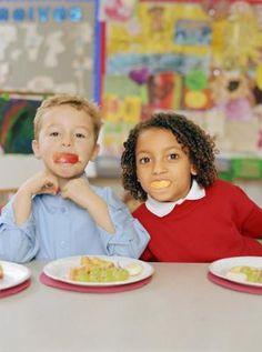 What Are The Benefits Of Children #EatingHealthySnacks During School? #KidOrganic / #Unicef #FeedtheChildren