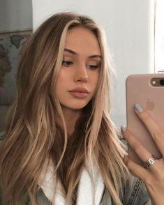Brown Hair With Blonde Highlights, Blonde Hair Looks, Brown Hair Balayage, Ash Blonde, Bright Blonde, Girls With Blonde Hair, Blond Hair Colors, Blond Brown Hair, Blonde Wig