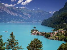 Interlaken is situated on Lake Brienz, an astonishing lake filled with glacial turquoise blue water. Here's why we think Lake Brienz is so special. Places Around The World, Oh The Places You'll Go, Places To Travel, Places To Visit, Travel Destinations, Dream Vacations, Vacation Spots, Grindelwald, Visit Switzerland