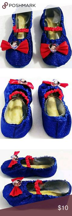 Snow White Girls Ballet Slippers NWOT Snow White Girls Ballet Slippers. Size 9-10 Girls Shoes. Approx. 6.5 Inches Long. Dimple Soft Soles. Great For Dress Up & Birthday Parties. Smoke Free Environment. Disney Shoes Slippers