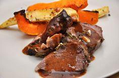 Roast leg of lamb with anchovies Roast Lamb Leg, Pot Roast, Juice Of One Lemon, Sausage, Steak, Pork, Beef, Cooking, Ethnic Recipes