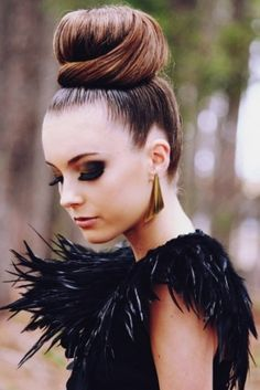 how to ballerina bun hair style, fashion, carrie bradshaw, lauren conrad