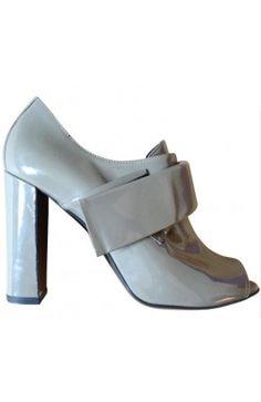 Pierre #Hardy Chaussures Talons Low Boots Cuir vernis gris 37,5 #kollas #kollasshop #heels #richelieu
