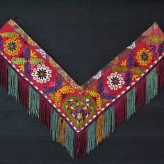 Lakai embroidery – Kungrat segusha bedding pile hanging from North Afghanistan. 1930-1940.
