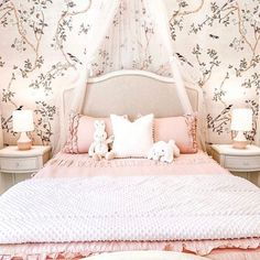 You no longer have to choose between STYLE and COMFORT.... Beddy's gives you both! (and so much more 😉) 📷: @kathrynpackard #beddys #zipperbedding #zipyourbed #girlbedding #girlbed #beddysbeds #girlyroom #girlsroomdecor #girlsroom #girlsroominspo #girlsroominspiration #girlsroomdecoration #girlsroomstyling #girlystuff #bedding #beddings #homedecor Bed For Girls Room, Girl Room, Girls Bedroom, Floral Bedroom Decor, Boho Decor, Beddys Bedding, Girl Bedroom Designs, Bedroom Ideas, Zipper Bedding