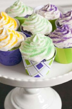 Take a look at these fun Mardi Gras cupcakes. See more party ideas and share yours at CatchMyParty.com #catchmyparty #partyideas #mardigras #cupcakes #mardigrascupcakes #mardigraspartyfood