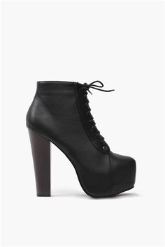 3f2145d1f32 Sexy Studded Heels