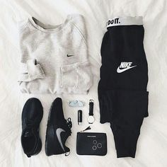 Teenager-Mode für die Schule die wirklich toll ist 🙂 339732 Related posts:Current fashion trends for teenagers Lazy Day Outfits, Cute Comfy Outfits, Outfits For Teens, Trendy Outfits, Summer Outfits, Casual Sporty Outfits, Cute Sporty Outfits, Athleisure Outfits, Winter Outfits
