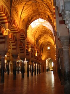 Google Image Result for http://www.excursionholidays-spain.com/wp-content/uploads/2012/02/Mezquita_de_C%25C3%25B3rdoba_Spain.jpg