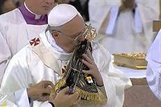 """Pape François - Pope Francis - Papa Francesco - Papa Francisco- ND d'Aparecida JMJ Brésil  """" Marie, Mère de Dieu, prie pour nous pécheurs, et guide-nous sur la voie qui conduit au Ciel. """" Tweet du 15 août 2013"""