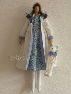 Tilda doll Pippa wearing a liberty fabric dress an от Dolls2love
