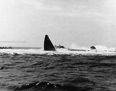 USS Squalus (SS-192) getting pulled up from the bottom of the ocean. US Navy Photo n 1939 the Sargo-class submarine USS Squalus (SS-192) sank off the coast of New Hampshire during a test dive. On May 23, the diesel-electric submarine went down resulting in the death of 26 sailors. Thirty-three survived. - BFD