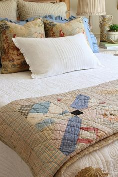 Savvy Southern Style: French Country Style Guest Room Reveal