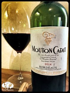 Score 85/100 Wine review, tasting notes, rating of 2014 Mouton Cadet Bordeaux AC, France. Description of aroma, palate profile, flavors. Join the experience.