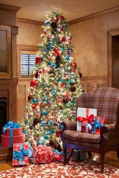 red, teal tree and packages