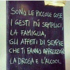 Italian Humor, Good Advice, Slogan, Quotations, Funny Pictures, Memes, Stay Sane, Tilt, Video