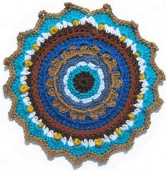Crochet FLAT CIRCLE. With translation crochet stiches and how much to add in each row. By Handwerkjuffie.