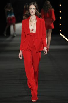 http://www.vogue.com/fashion-shows/spring-2016-ready-to-wear/alexis-mabille/slideshow/collection