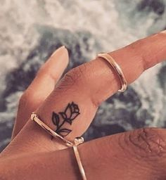 The most delicate finger tattoo ideas to give you major inspiration - The cutest small finger tattoo designs if you're looking to get inked. Mini Tattoos, Dainty Tattoos, Delicate Tattoo, Pretty Tattoos, Body Art Tattoos, Tatoos, Tattoos On Hand, Small Henna Tattoos, Skull Tattoos
