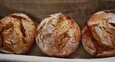 Low-carb buns: a simple recipe - Utopia.de- Low-carb buns: a simple recipe (Photo: / Pixabay / congerdesign) Low Carb Buns, Low Carb Bread, Low Carbohydrate Diet, Low Carb Diet, Dukan Diet, Pains Sans Gluten, Gluten Free Rolls, Law Carb, Menu Dieta