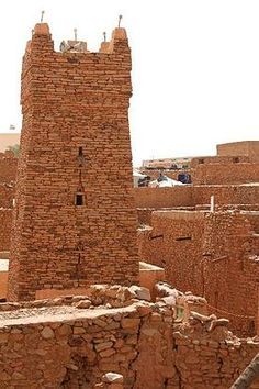Chinguetti, 13th century trading center in Mauritania in the middle of the Sahara, which is threatening to take back the city and bury it beneath its sands.
