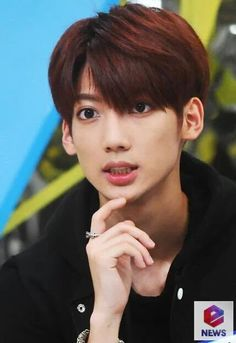 Boyfriend Kpop, Boyfriend Memes, Jo Youngmin, Greatest Songs, Kpop Groups, Twins, Dancer, Bands, Handsome