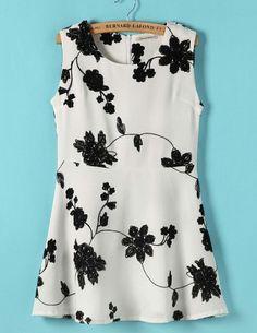 Beige Embroidered Flower Sleeveless Dress S.Kr.147.03