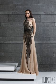 Tony Ward Outono-Inverno 2014-2015 - Prêt-à-porter - http://pt.flip-zone.com/fashion/ready-to-wear/fashion-houses-42/tony-ward-4639