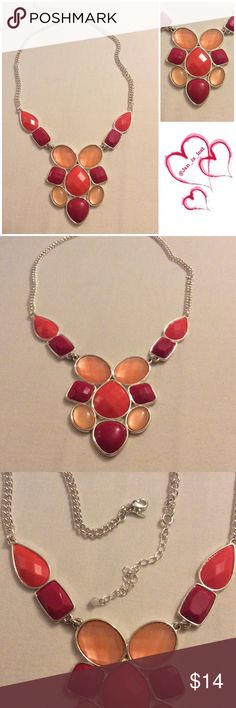 """Statement Necklace 18"""" statement necklace with a 4"""" extender.  Silvertone Jewelry Necklaces"""